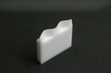 ジルコニウム製 サインカーブ加工部品